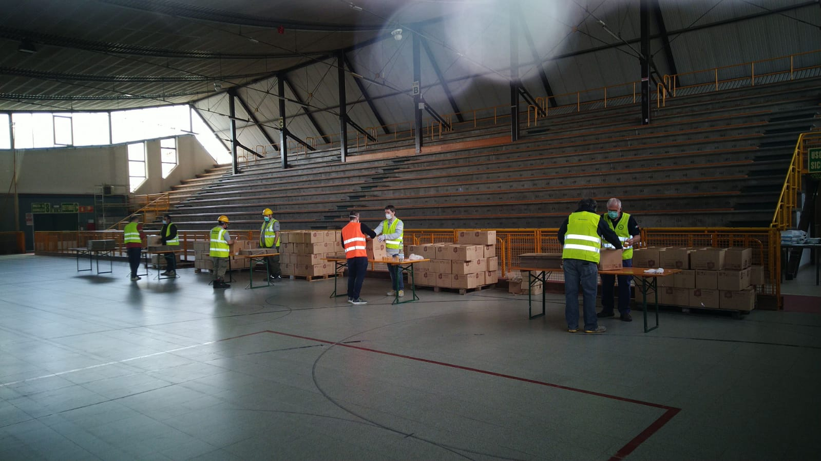 Un magazzino unitario per raccogliere le donazioni alimentari di Reggio Emilia